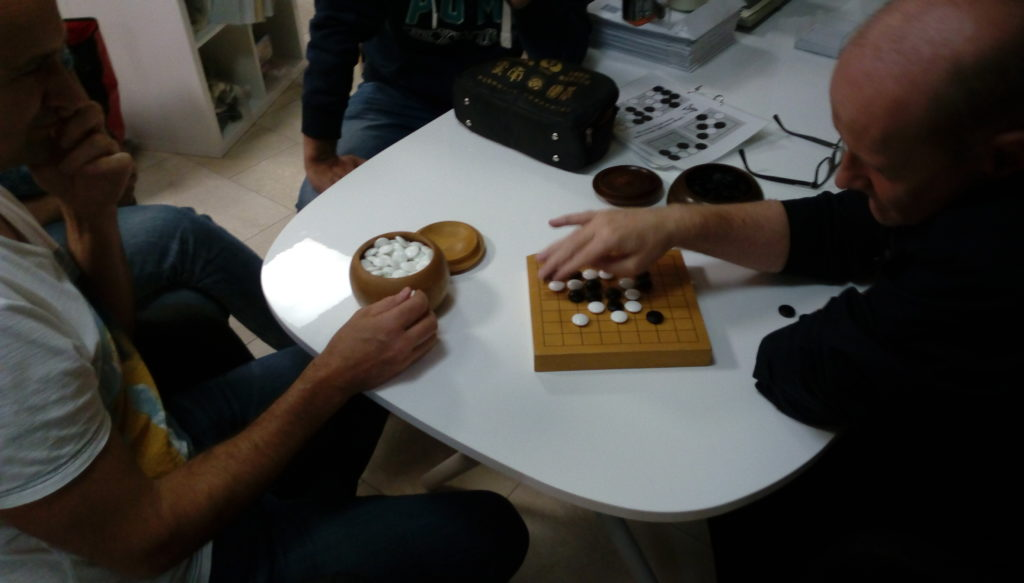 Ralf und Thomas beim Go Spiel